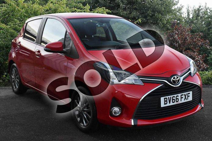 Picture of Toyota Yaris 1.0 VVT-i Icon 5dr in Chilli Red