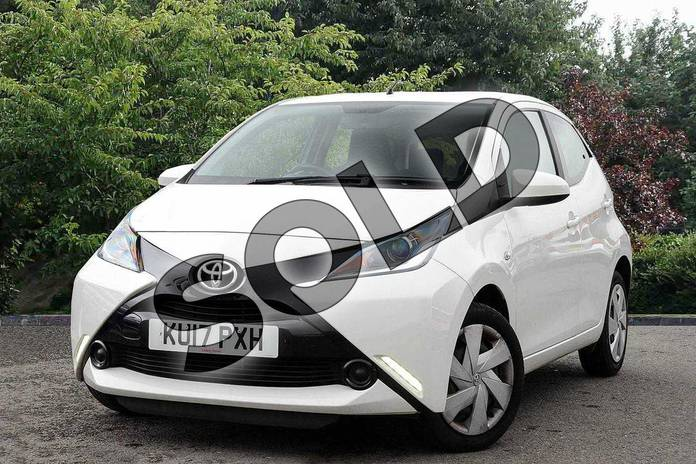 Image three of this 2017 Toyota AYGO Hatchback 1.0 VVT-i X-Play 5dr in White at Listers Toyota Nuneaton