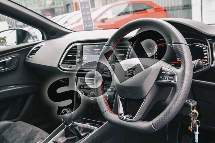 Nuova Seat Leon 1.5 TGI 2019 a metano: prova su strada e ...