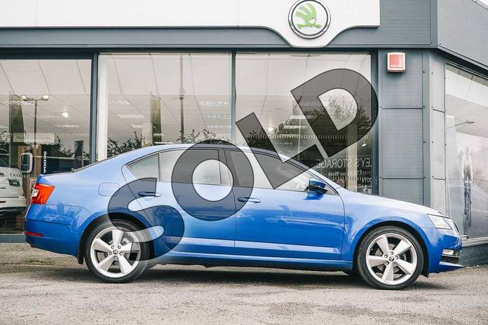 Image four of this 2019 Skoda Octavia Hatchback 1.5 TSI SE L 5dr DSG in Race Blue at Listers ŠKODA Coventry