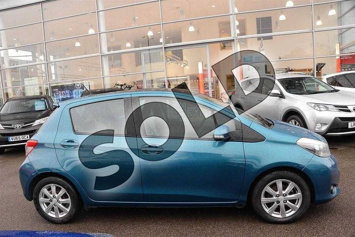 Image six of this 2012 Toyota Yaris Hatchback 1.33 VVT-i T Spirit 5dr in Green at Listers Toyota Nuneaton