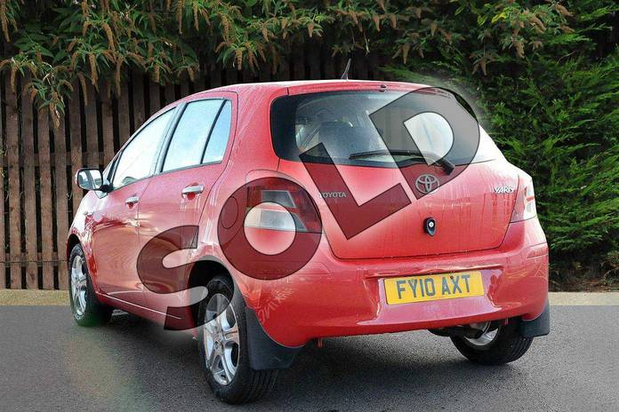 Image four of this 2010 Toyota Yaris Hatchback 1.33 VVT-i TR 5dr (6) in Red Pop at Listers Toyota Coventry