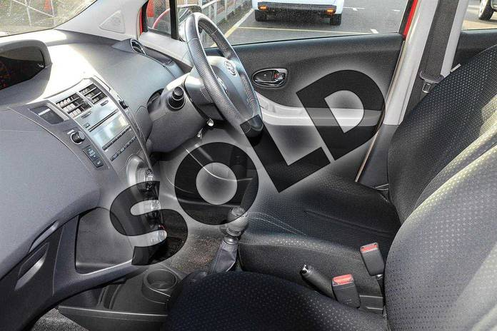 Image ten of this 2010 Toyota Yaris Hatchback 1.33 VVT-i TR 5dr (6) in Red Pop at Listers Toyota Coventry