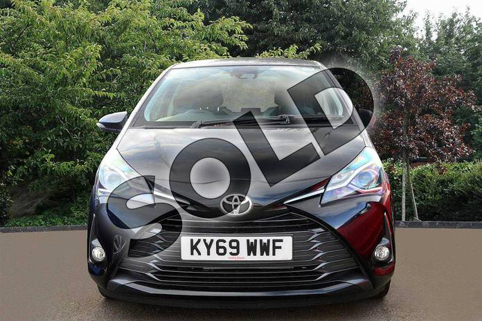 Image two of this 2019 Toyota Yaris Hatchback 1.5 VVT-i Y20 5dr (Bi-tone) in Black at Listers Toyota Nuneaton