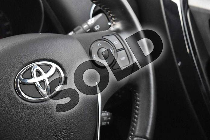 Image fourteen of this 2016 Toyota Auris Hatchback 1.8 Hybrid Excel 5dr CVT in Denim Blue at Listers Toyota Cheltenham