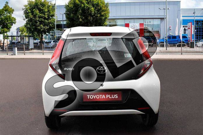 Image nine of this 2019 Toyota Aygo Hatchback 1.0 VVT-i X-Play 5dr in White Flash at Listers Toyota Cheltenham