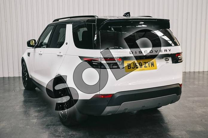 Image two of this 2019 Land Rover Discovery 3.0 SDV6 (306hp) SE in Fuji White at Listers Land Rover Solihull