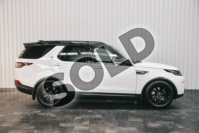Image five of this 2019 Land Rover Discovery 3.0 SDV6 (306hp) SE in Fuji White at Listers Land Rover Solihull