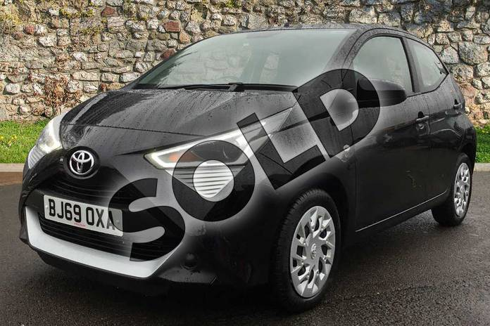 Image three of this 2019 Toyota Aygo Hatchback 1.0 VVT-i X-Play 5dr in Bold Black at Listers Toyota Coventry