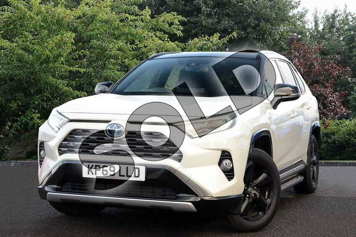Image three of this 2019 Toyota RAV4 Estate 2.5 VVT-i Hybrid Dynamic 5dr CVT in White at Listers Toyota Nuneaton