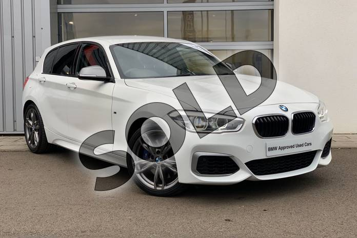 Picture of BMW 1 Series M140i 5dr (Nav) Step Auto in Alpine White