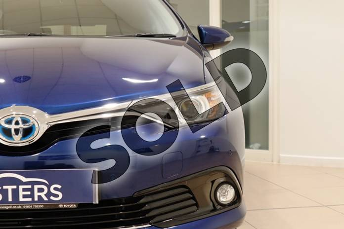 Image three of this 2016 Toyota Auris Hatchback 1.8 Hybrid Design 5dr CVT in Metallic - Orion blue at Listers U Northampton