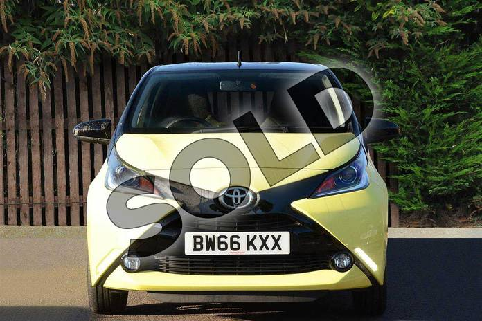 Image fourteen of this 2016 Toyota AYGO Hatchback Special Editions Special Editions 1.0 VVT-i X-Cite 3 5dr in Yellow at Listers Toyota Coventry