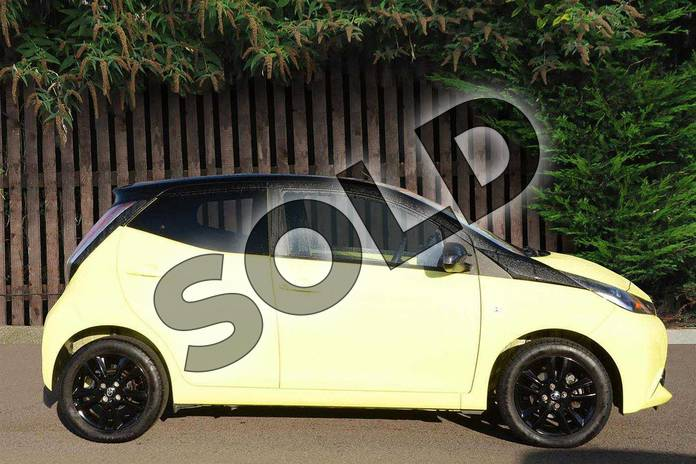 Image seventeen of this 2016 Toyota AYGO Hatchback Special Editions Special Editions 1.0 VVT-i X-Cite 3 5dr in Yellow at Listers Toyota Coventry