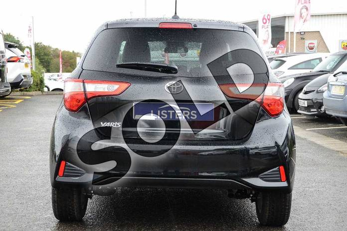 Image nineteen of this 2019 Toyota Yaris Hatchback 1.5 VVT-i Y20 5dr (Bi-tone) in Black at Listers Toyota Nuneaton