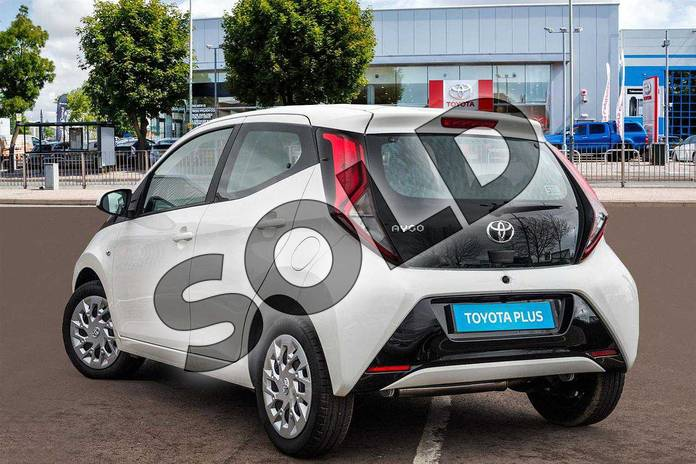Image three of this 2019 Toyota Aygo Hatchback 1.0 VVT-i X-Play 5dr in White Flash at Listers Toyota Cheltenham