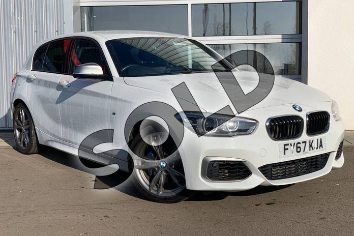 Picture of BMW 1 Series M140i 5dr (Nav) in Alpine White