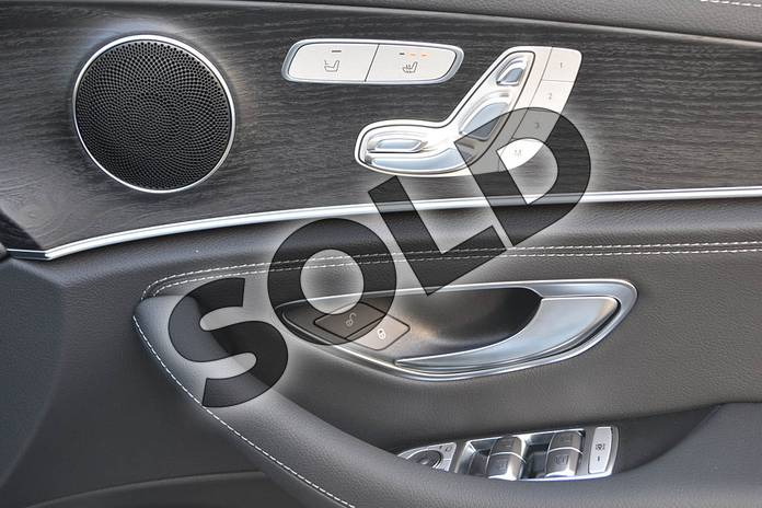Image sixteen of this 2020 Mercedes-Benz E Class Diesel Saloon E300de AMG Line Premium 4dr 9G-Tronic in Polar White at Mercedes-Benz of Hull