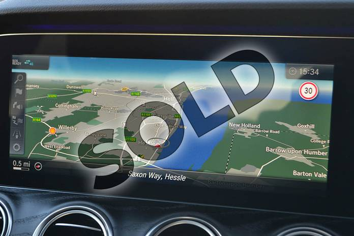 Image twenty-six of this 2020 Mercedes-Benz E Class Diesel Saloon E300de AMG Line Premium 4dr 9G-Tronic in Polar White at Mercedes-Benz of Hull