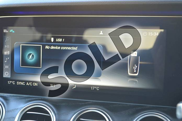 Image twenty-seven of this 2020 Mercedes-Benz E Class Diesel Saloon E300de AMG Line Premium 4dr 9G-Tronic in Polar White at Mercedes-Benz of Hull