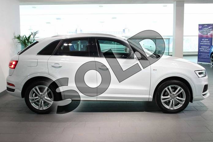 Image four of this 2018 Audi Q3 Estate Special Editions 2.0 TDI S Line Edition 5dr in Glacier White Metallic at Birmingham Audi