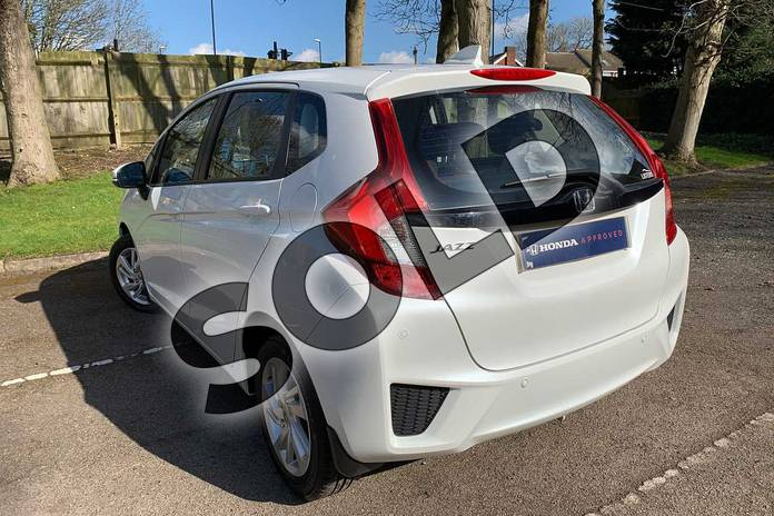 Image three of this 2017 Honda Jazz Hatchback 1.3 SE 5dr CVT in White Orchid at Listers Honda Coventry