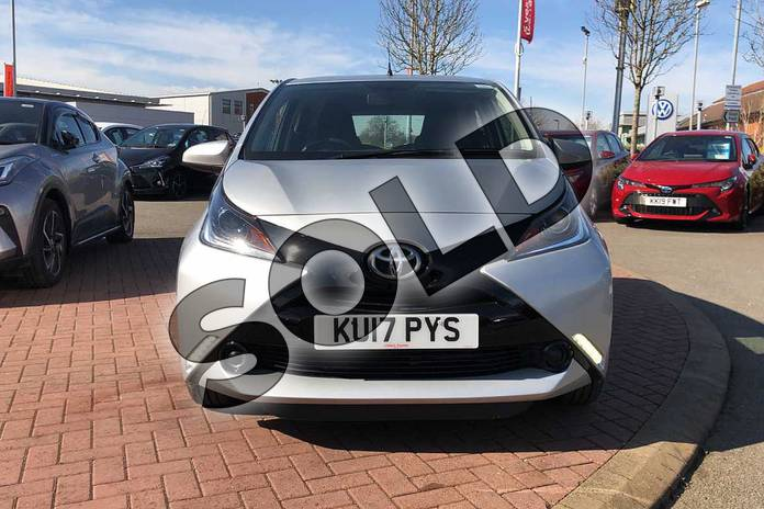 Image fifteen of this 2017 Toyota AYGO Hatchback 1.0 VVT-i X-Play 5dr in Silver at Listers Toyota Nuneaton