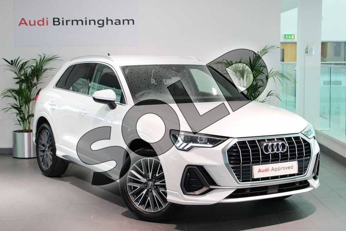 Picture of Audi Q3 35 TFSI S Line 5dr in Ibis White