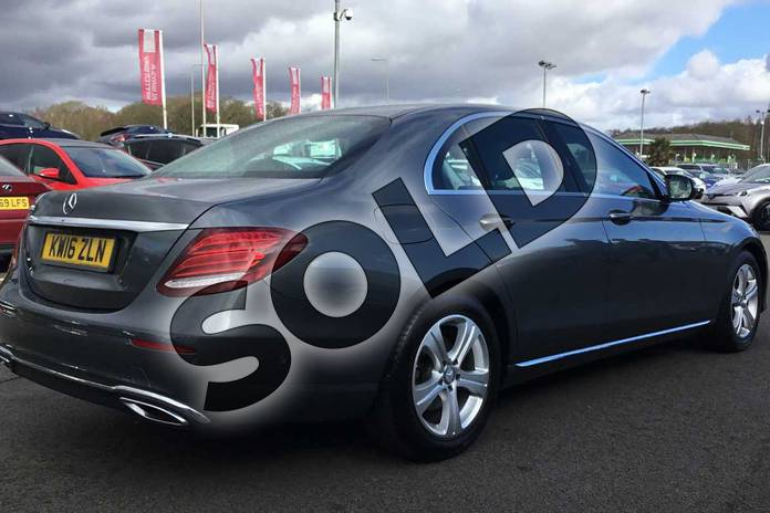 Image eighteen of this 2016 Mercedes-Benz E Class Diesel Saloon E220d SE 4dr 9G-Tronic in Grey at Lexus Lincoln