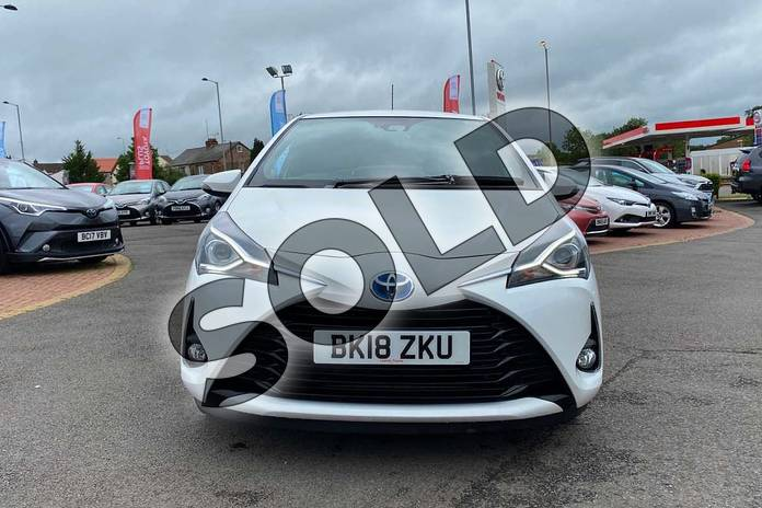 Image fifteen of this 2018 Toyota Yaris Hatchback 1.5 Hybrid Excel 5dr CVT in White at Listers Toyota Coventry