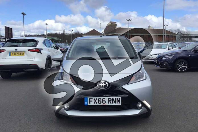 Image fifteen of this 2016 Toyota AYGO Hatchback 1.0 VVT-i X-Pression 5dr x-shift in Silver at Listers Toyota Lincoln
