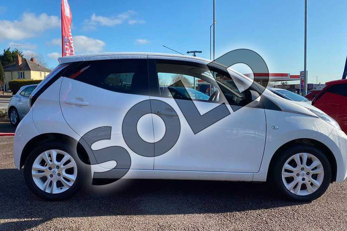 Image sixteen of this 2016 Toyota AYGO Hatchback Special Editions 1.0 VVT-i X-Pure 5dr in White at Listers Toyota Coventry