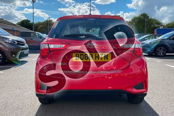 Image nineteen of this 2018 Toyota Yaris Hatchback 1.5 VVT-i Icon Tech 5dr in Red at Listers Toyota Coventry