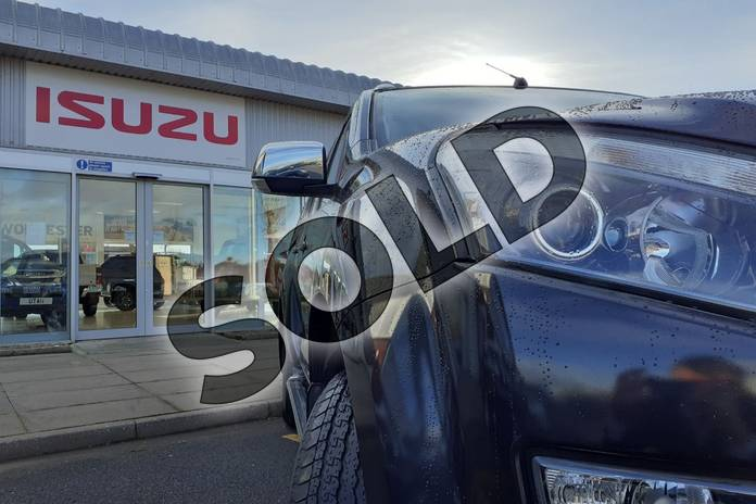 Image four of this 2017 Isuzu D-MAX Diesel 2.5TD Utah Double Cab 4x4 in Black at Listers Isuzu Worcester
