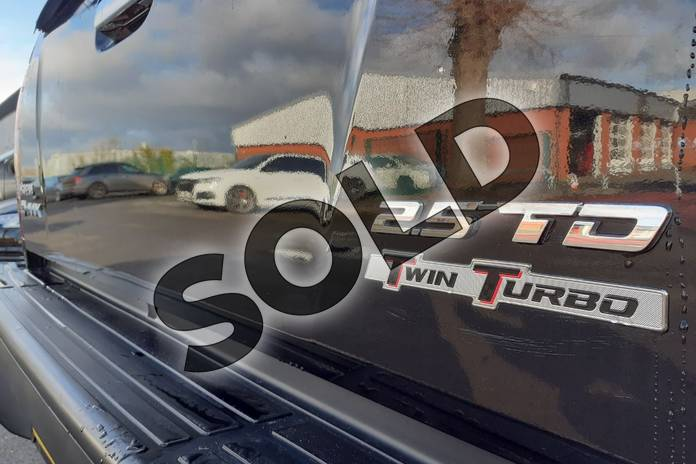Image thirteen of this 2017 Isuzu D-MAX Diesel 2.5TD Utah Double Cab 4x4 in Black at Listers Isuzu Worcester
