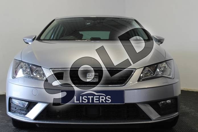 Image three of this 2018 SEAT Leon Diesel Hatchback 1.6 TDI SE Dynamic Technology 5dr in Metallic - Ice silver at Listers U Stratford-upon-Avon
