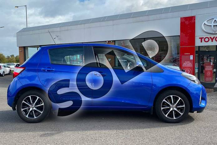Image sixteen of this 2018 Toyota Yaris Hatchback 1.5 VVT-i Icon Tech 5dr in Nebula Blue at Listers Toyota Coventry