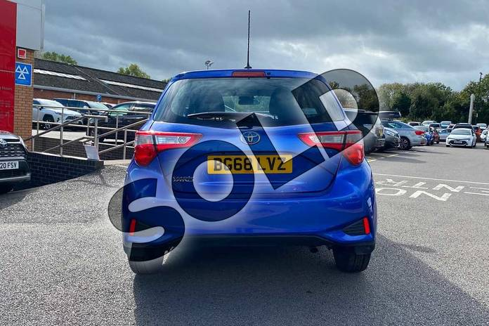 Image nineteen of this 2018 Toyota Yaris Hatchback 1.5 VVT-i Icon Tech 5dr in Nebula Blue at Listers Toyota Coventry