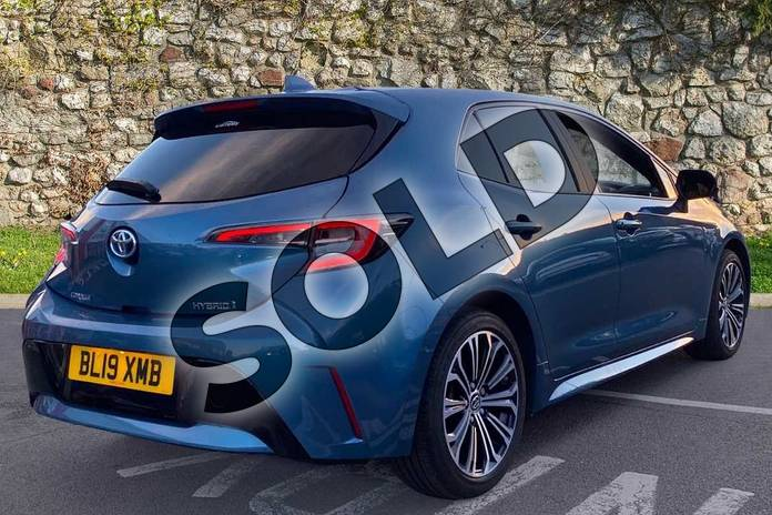 Image two of this 2019 Toyota Corolla Hatchback 1.8 VVT-i Hybrid Design 5dr CVT in Denim Blue at Listers Toyota Coventry