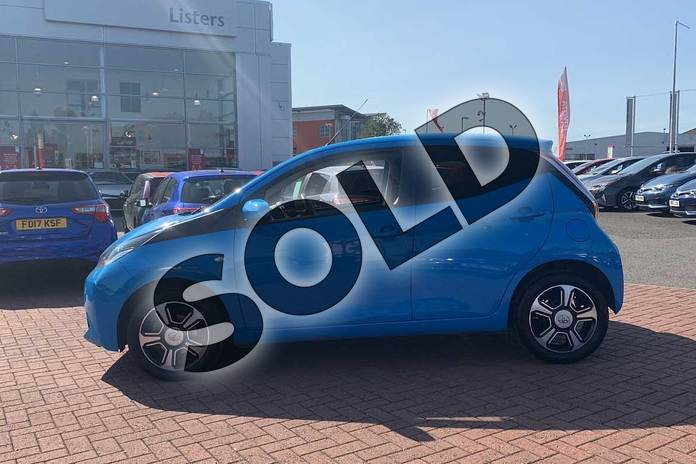 Image seventeen of this 2017 Toyota AYGO Hatchback Special Editions 1.0 VVT-i X-Clusiv 3 5dr in Blue at Listers Toyota Nuneaton