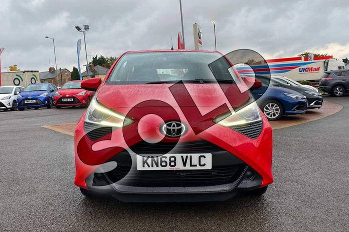 Image fifteen of this 2018 Toyota Aygo Hatchback 1.0 VVT-i X-Play 5dr in Red at Listers Toyota Coventry