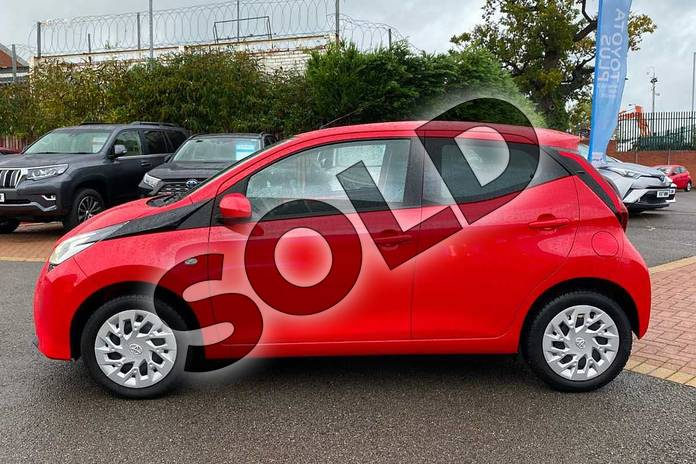 Image seventeen of this 2018 Toyota Aygo Hatchback 1.0 VVT-i X-Play 5dr in Red at Listers Toyota Coventry