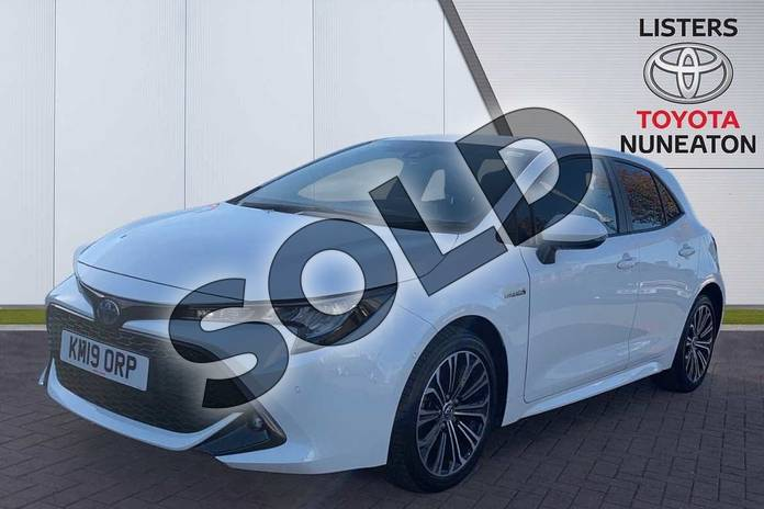 Image three of this 2019 Toyota Corolla Hatchback 1.8 VVT-i Hybrid Design 5dr CVT in White at Listers Toyota Nuneaton