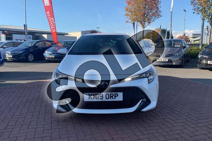 Image fifteen of this 2019 Toyota Corolla Hatchback 1.8 VVT-i Hybrid Design 5dr CVT in White at Listers Toyota Nuneaton