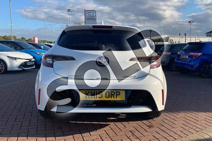 Image nineteen of this 2019 Toyota Corolla Hatchback 1.8 VVT-i Hybrid Design 5dr CVT in White at Listers Toyota Nuneaton