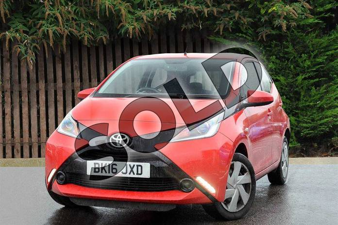 Image three of this 2016 Toyota AYGO Hatchback 1.0 VVT-i X-Play 5dr in Red Pop at Listers Toyota Coventry