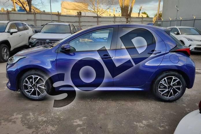 Image seventeen of this 2020 Toyota Yaris Hatchback 1.5 Hybrid Design 5dr CVT in Galactic Blue at Listers Toyota Cheltenham