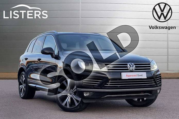 Picture of Volkswagen Touareg 3.0 V6 TDI BlueMotion Tech 262 R-Line 5dr Tip Auto in Deep black