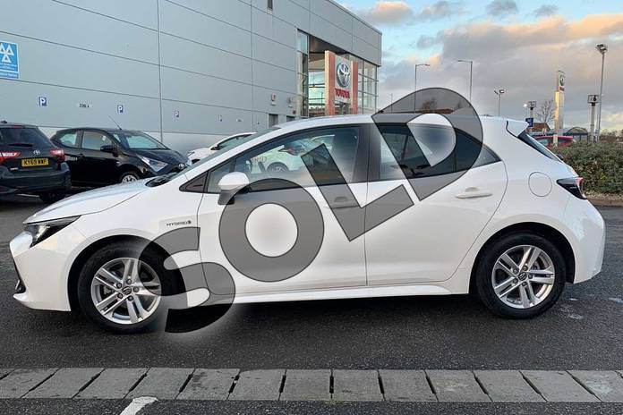 Image seventeen of this 2019 Toyota Corolla Hatchback 1.8 VVT-i Hybrid Icon 5dr CVT in White at Listers Toyota Nuneaton