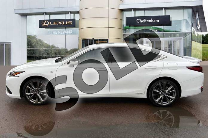 Image three of this 2019 Lexus ES Saloon 300h 2.5 F-Sport 4dr CVT (Tech/Safety Pack) in White at Lexus Cheltenham